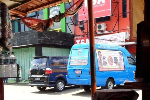 Mobil Dinsos DKI Yang Dipakai Black Campaign
