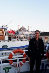Foto sebelum menaiki bhosporus cruise